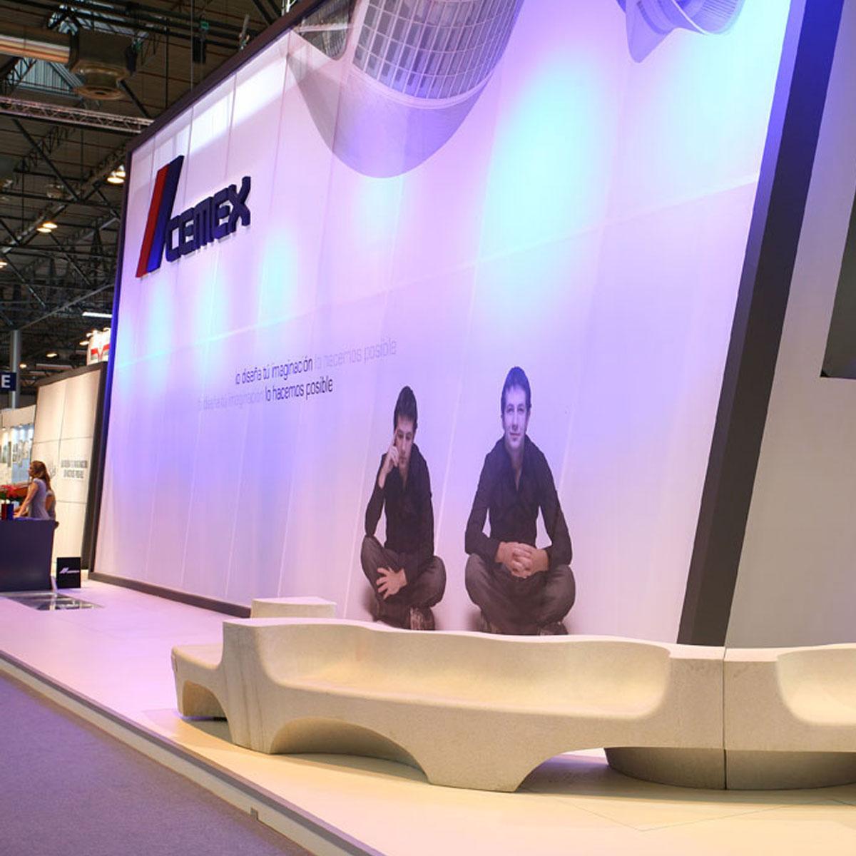 Diseño stand CEMEX 100 años 5